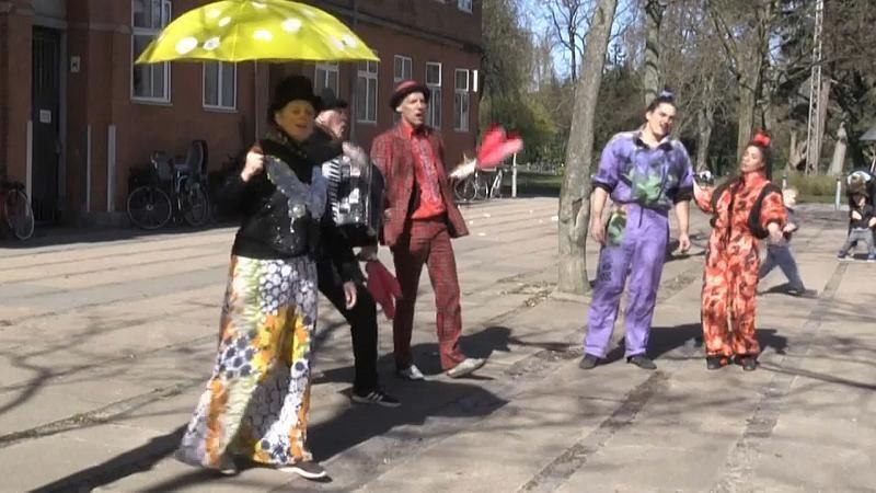 Kunst trotz Coronavirus-Pandemie: Zirkus im Hinterhof