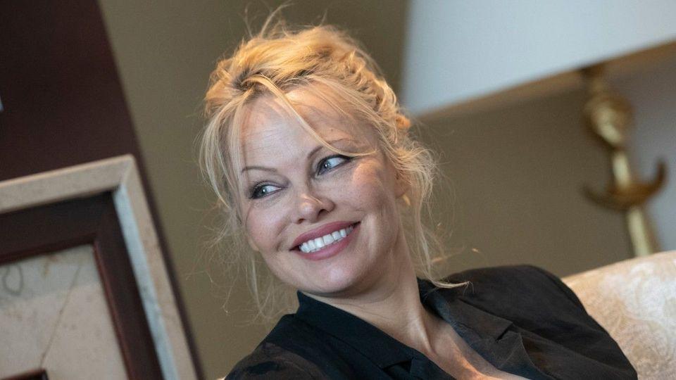 Zurück zum Ex: Pamela Anderson hat zum 5. Mal geheiratet