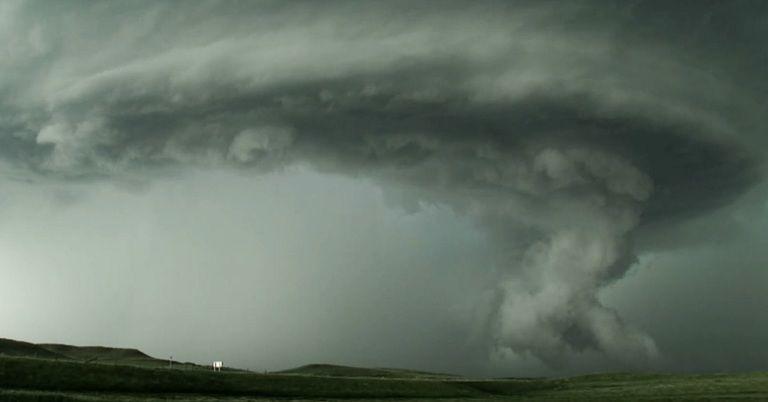 Explosionsartige Gewitterentwicklung: Tornadogefahr in diesen Regionen